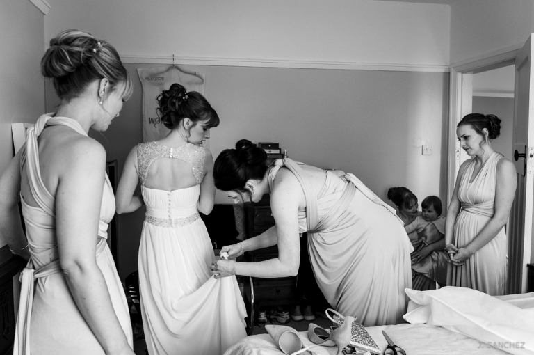 Bride and Bridemates getting ready